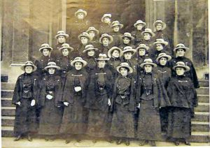 French Canadian CAMC Nursing Sisters in England circa 1915