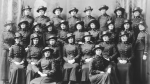 Matron Laura May Hubley, front row centre, and the nursing sisters of No. 7 Stationary Hospital. (Dalhousie University). Unit arrived England anuary 1916, landed in France June, returning to Nova Scotia 1919. Source: Army Museum, Halifax Citadel.